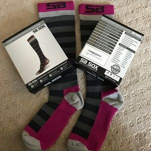 SB Sox - 2 Pair/Compression Socks Med Gray/Purp